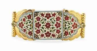 a_fine_enamelled_gold_armband_bazuband_north_india_19th_century_and_la_d5604164h