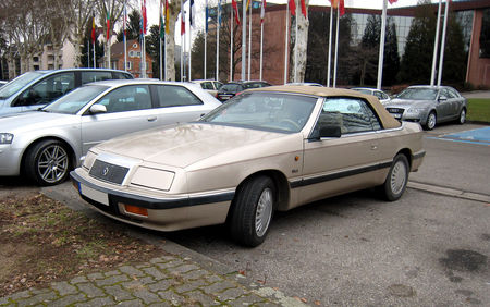 Chrysler_lebaron_V6_convertible_01