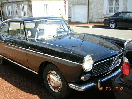 Peugeot404_coupe__1