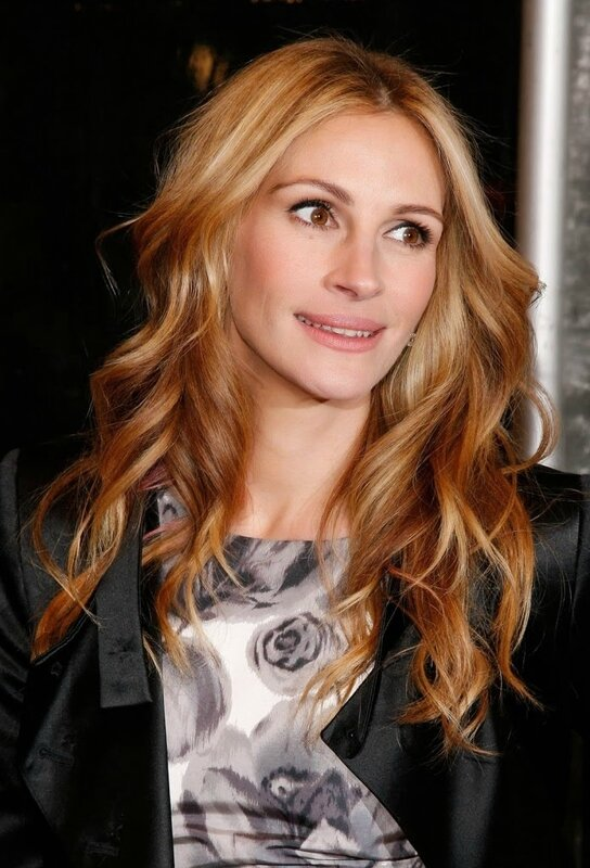cheveux-longs-ondules-julia-roberts