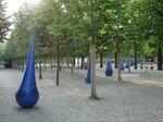 Xavier_Boggio_installations_gouttes_bleues_2004_2007site