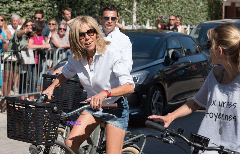 Brigitte Macron, mini-jupe