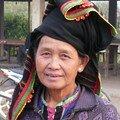 Femme Thai Dam, Marche de Muang Sing