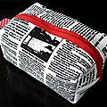 01. imprimé journal et rouge