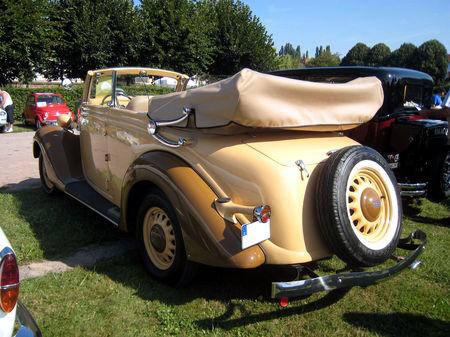 Ford_V8_convertible_de_1937_03