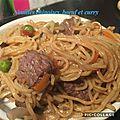 Nouilles chinoises, bœuf et curry