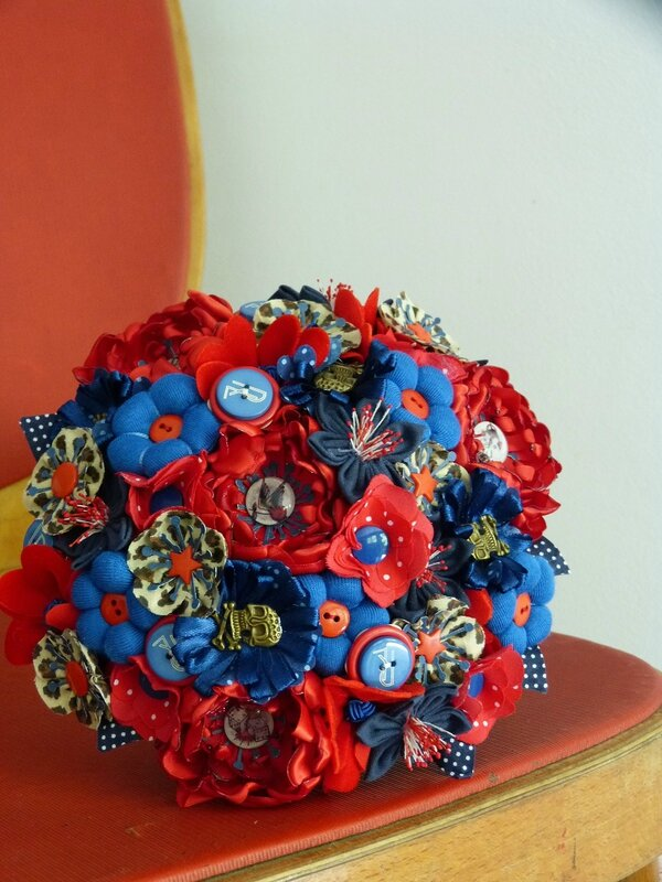 bouquet rock rouge bleu leopard (1)