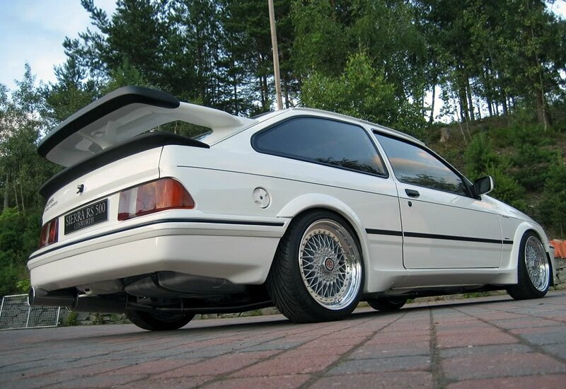 1987-ford-sierra-rs500-cosworth-3