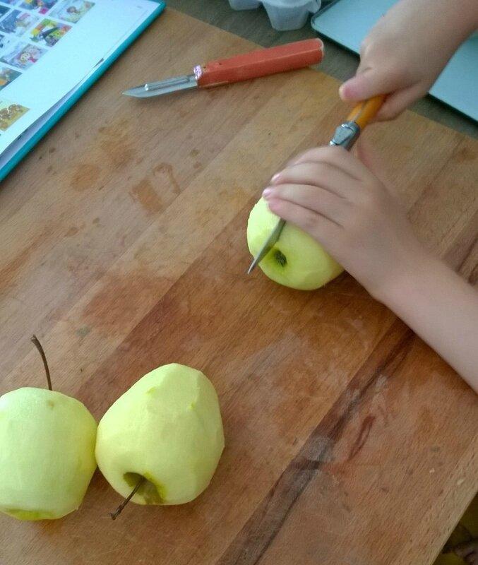 Gâteau de Tatie Rosette Découpage de pommes