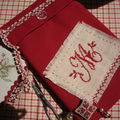 Pochette rouge...