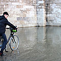 vélo (Crue de Paris)_7051
