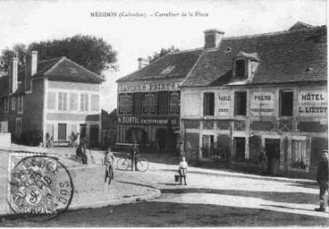 Mézidon - place de la Mairie (rue Emile Zola)