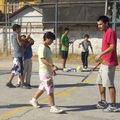 El tío Hernán es responsable del taller de deporte