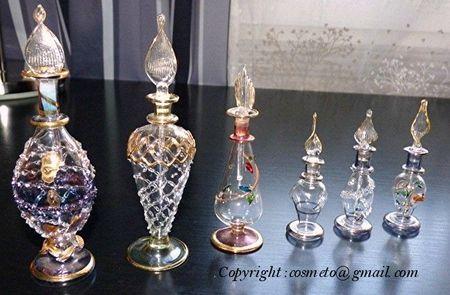 Flacons_parfums_1_cr
