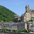 Visite d'estaing et son château sur le chemin de saint-jacques :