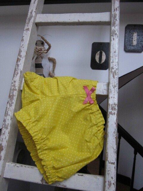 Culotte BIANCA en coton jaune à pois - noeud fushia à pois (2)