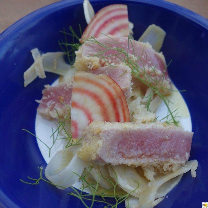 Tataki de thon à la noix de coco - Fenouil rapé