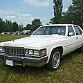 CADILLAC Fleetwood Brougham 4door Sedan 1977 Madine (1)