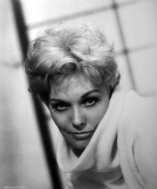 kim_novak_portrait_