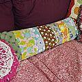 Coussin patchwork, avec des restes de tissu