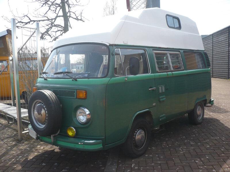 VOLKSWAGEN Combi type 2 vitré surélevé aménagé camping car Dorlisheim (1)
