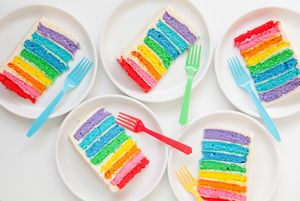 art_party_cake_slices