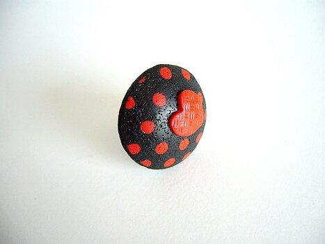 passion bague ronde pois rouges