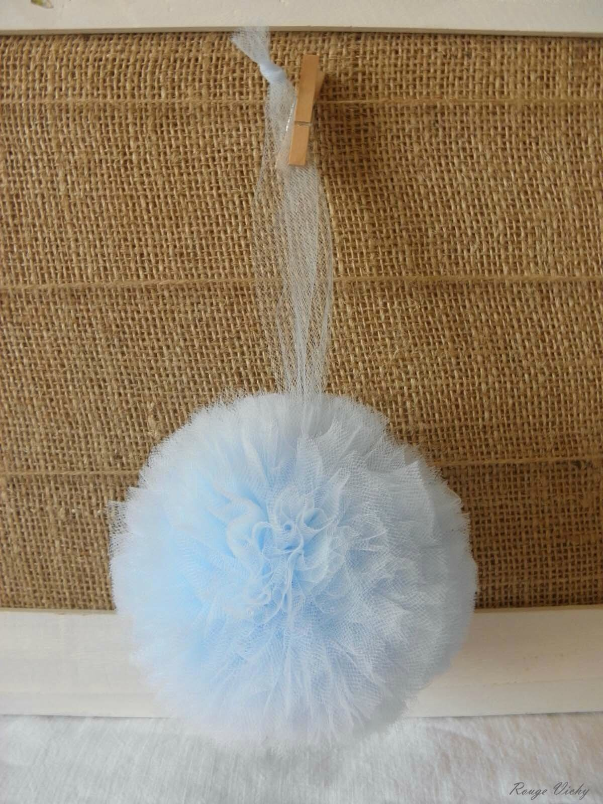 Pompon tulle bleu