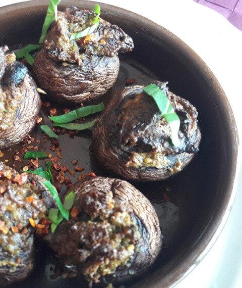 champignons farcis aux tomates séchées (1)