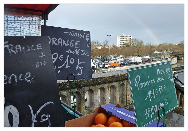 ville arc en ciel fruits 010214