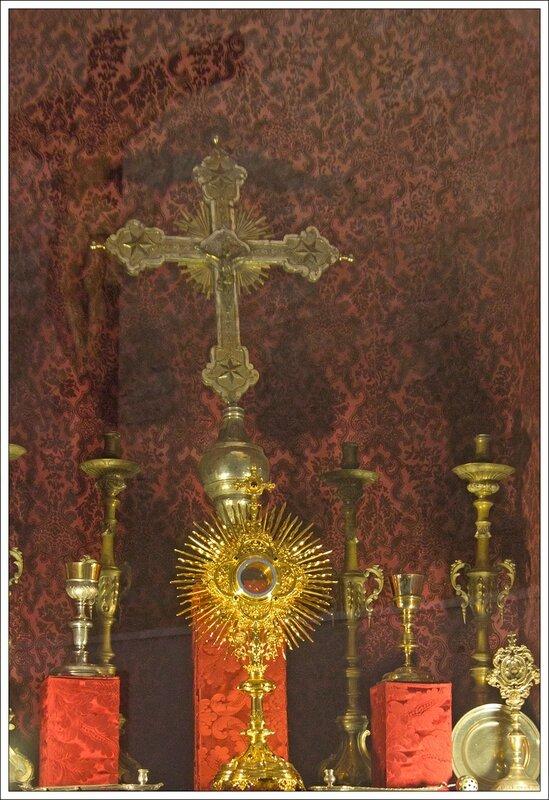 Maestrazgo Morella eglise armoire sacrements reflet 260514 31