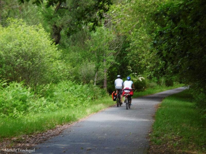 Balade vers piste cyclable et retour 060618