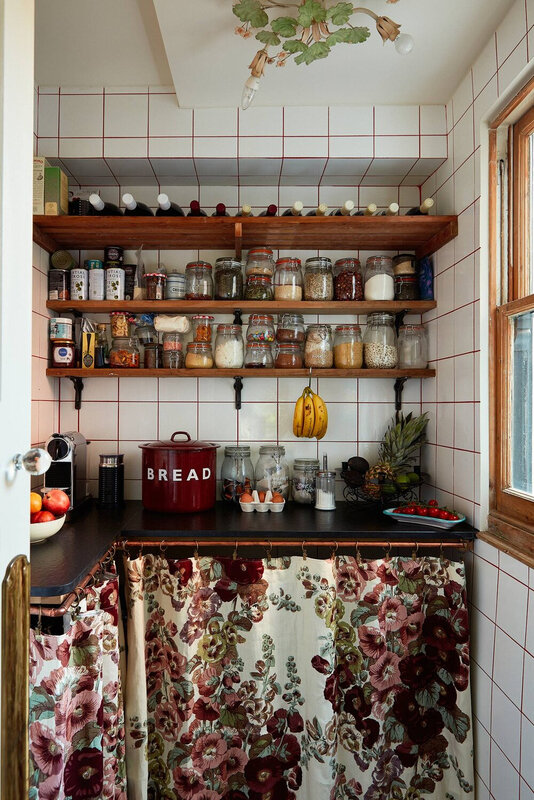 aaThe+Eclectic+Colorful+London+Home+of+Designer+Matilda+Goad+-+The+Nordroom
