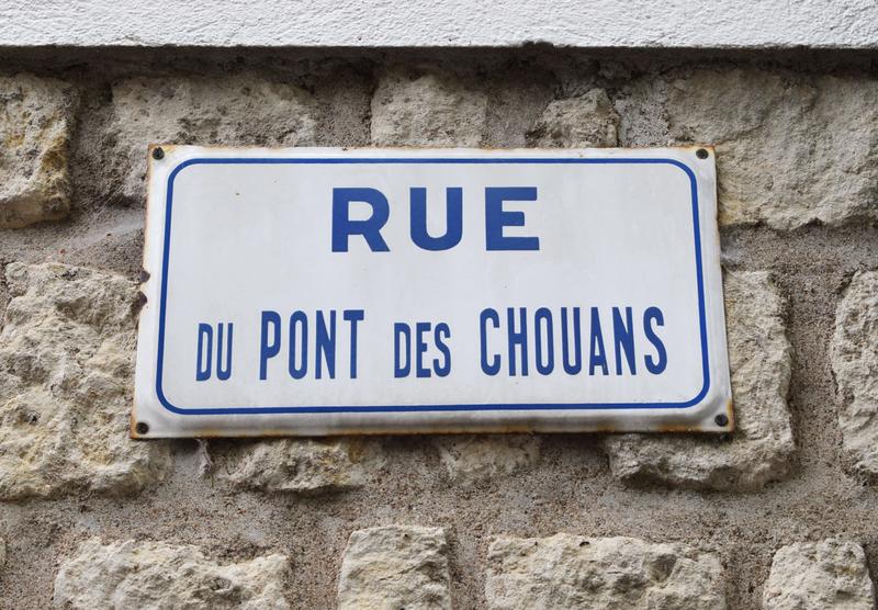 Thouars 9