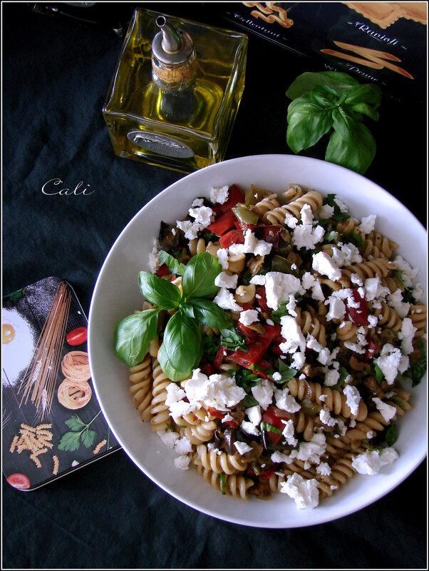 Salade de Pâtes à la Ratatouille, Feta & Basilic 001