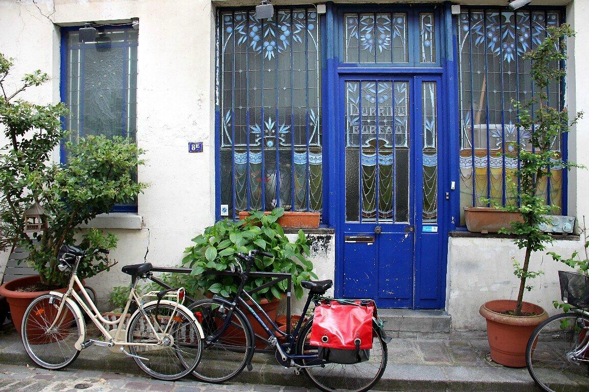 Vélo, cour parisienne_8017