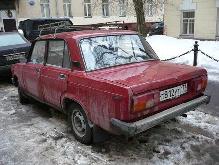 LADA_AvtoVAZ_2105_Jigouli_1500_Moscou__2_