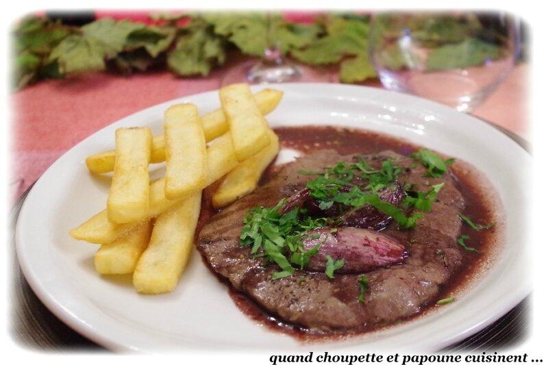 bifteaks à l'échalotes sauce au vin-5784