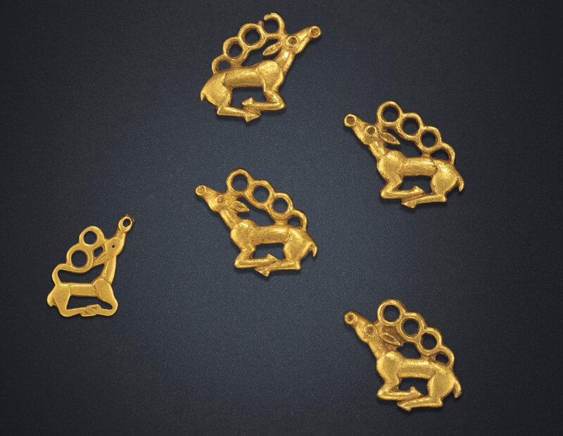 2019_NYR_18338_0503_000(five_small_gold_stag_plaques_northeast_china_6th-5th_century_bc)