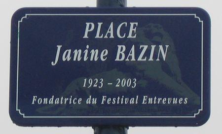 IMG_12734 Plaque Place Bazin EntreVues