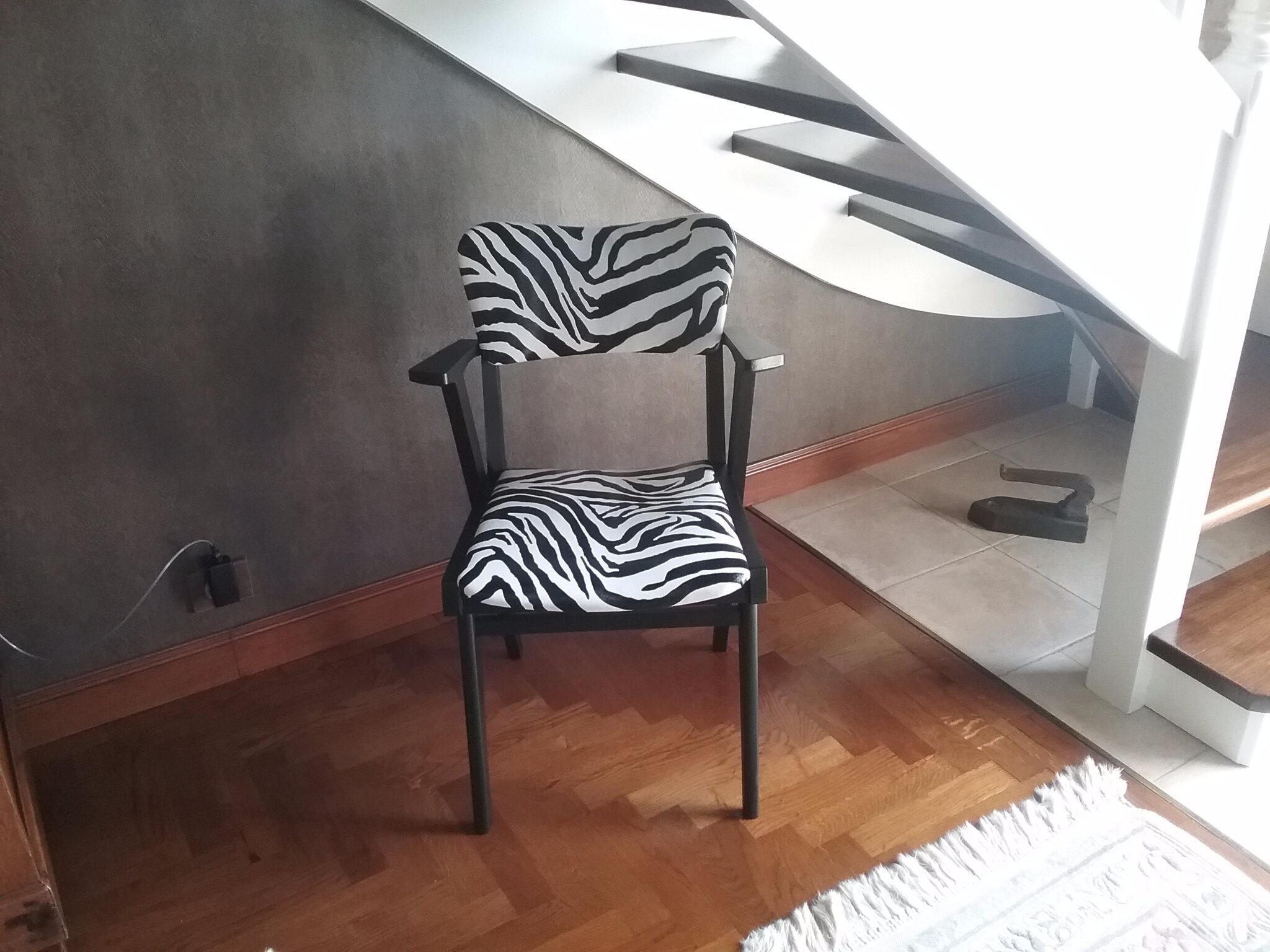 Le deuxième fauteuil vintâge zebre