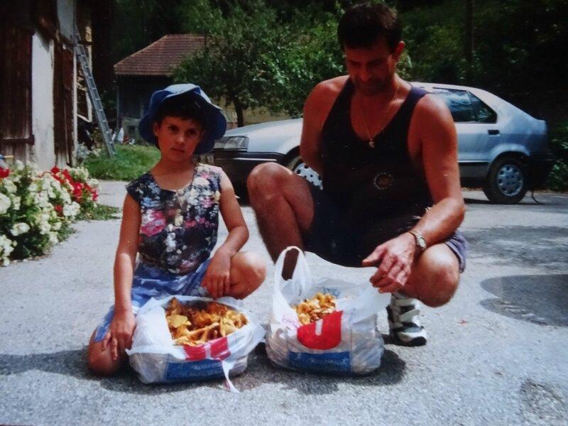 Eté 1998, rentrée en CE1, chez ma grand mère.