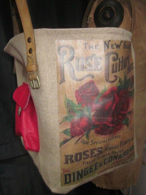 Sac cabas FELICIE n°20 en lin naturel avec transferts roses rouge et simili cuir noir