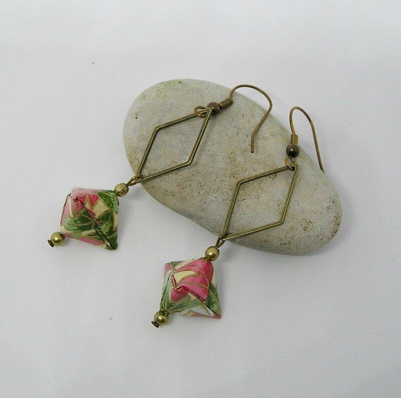 Boucles d'oreilles origami berlingot vert rose 1