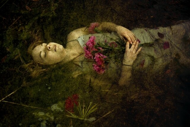 ophelia is drowning - Ashley Leazer photography