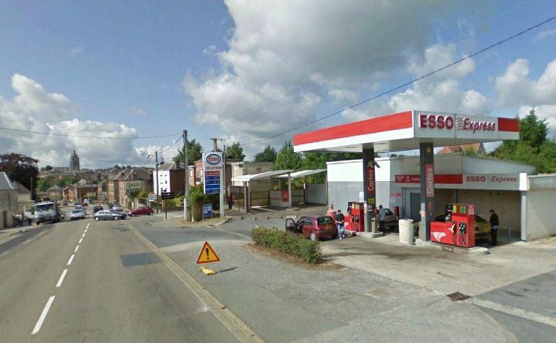 AVESNES-Station Esso (2)