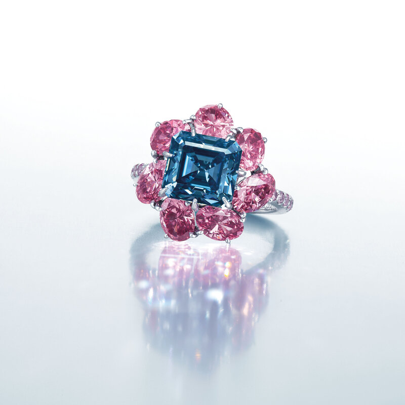 2019_HGK_17478_2054_001(superb_coloured_diamond_ring_moussaieff)