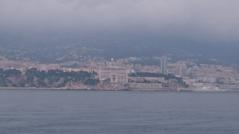 Monaco embrumé