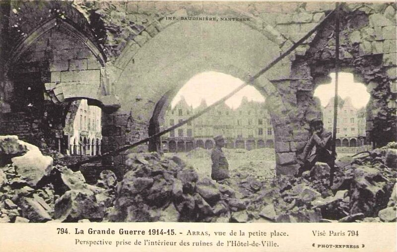 Arras ruines Hôtel-de-Ville 1914