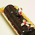 Bûche bavarois chocolat, crémeux aux marrons et gelée de cassis
